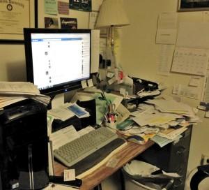 Cynthia messy desk. The Busy Woman www.thebusywoman.com